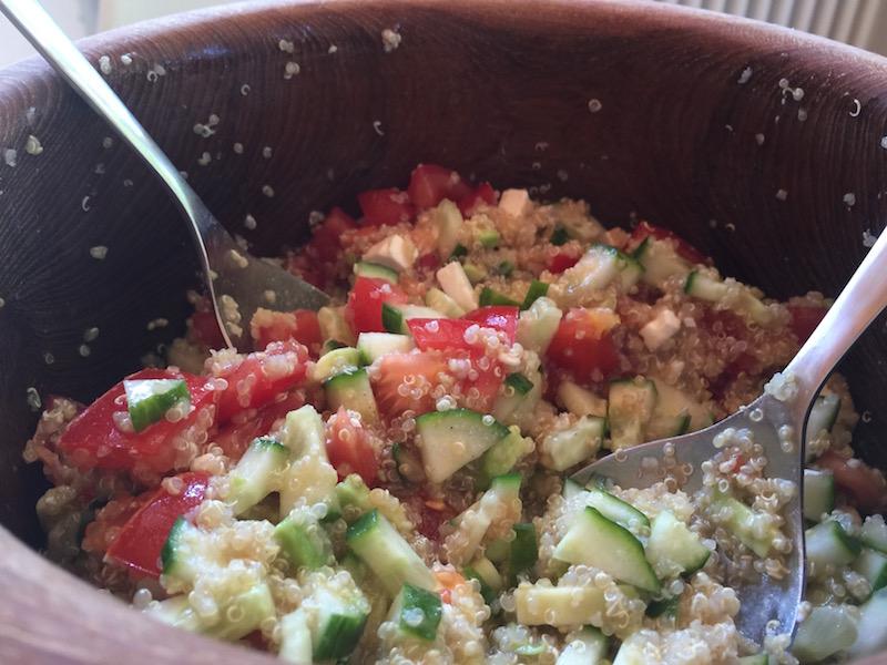 Fertiger Quinoa Salat