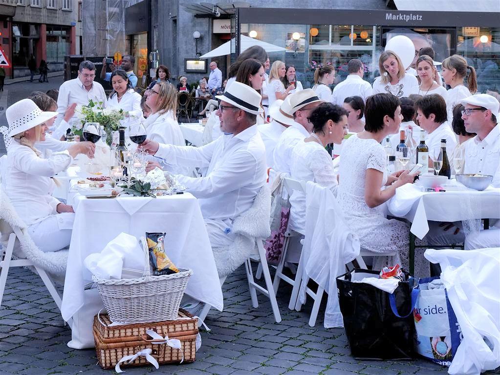 White Dinner Basel